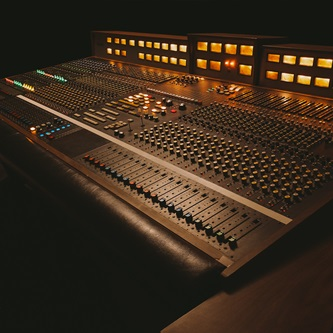 Recording Tips: AUX, Sends and Returns in Recording