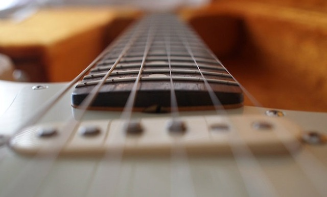Why Choosing The Right Guitar Fretboard Radius Is Important