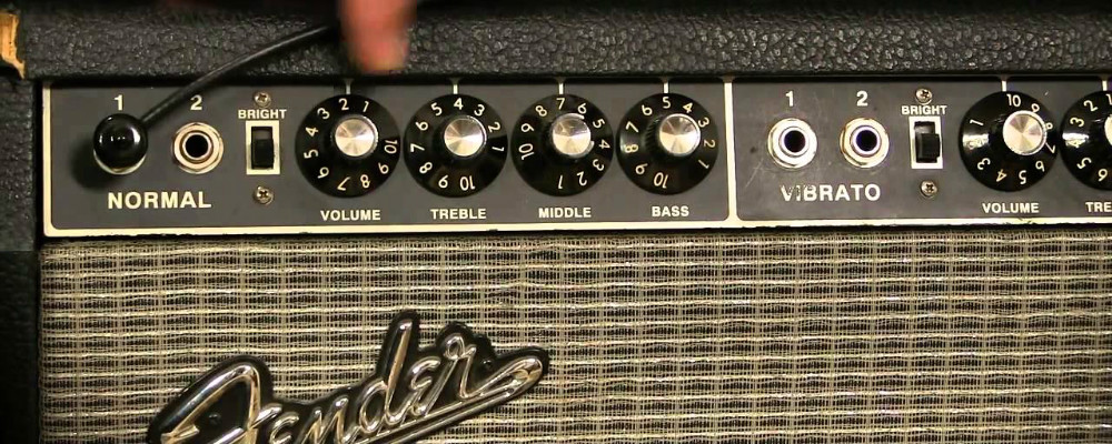 The Difference Between Class A and Class AB Guitar Amps