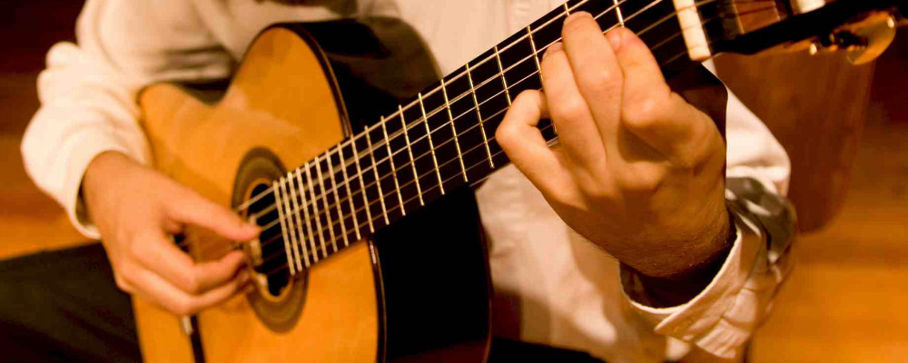 7 Tips To Speed Up Your Learning On Guitar